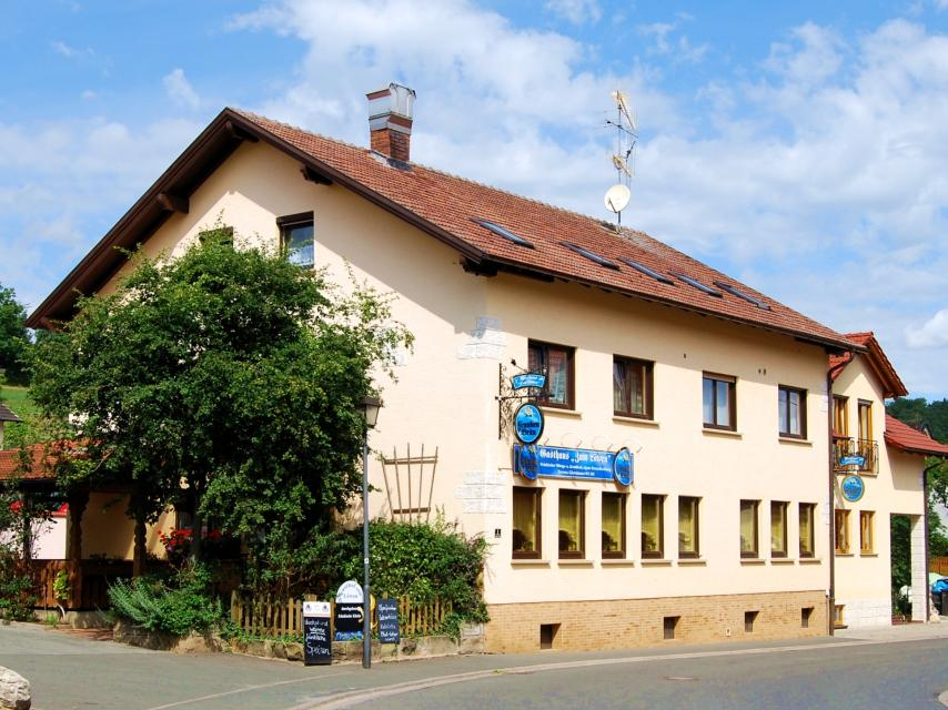 Eva Grohsschmiedt - Gasthof Zum Löwen