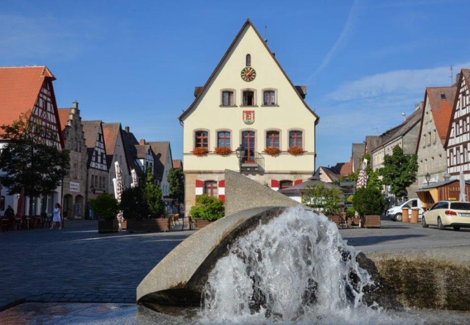 Altes Rathaus am Marktplatz Lauf an der Pegnitz