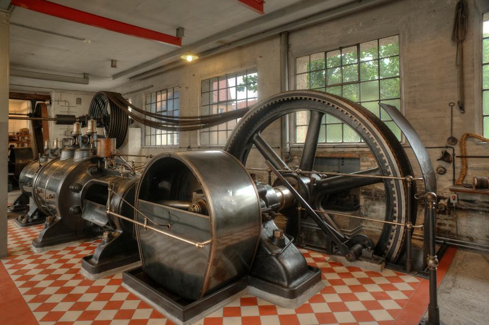Dampfmaschine arbeitete von 1903 bis 1985 in einer Laufer Holzwarenfabrik, heute Industriemuseum Lauf an der Pegnitz, Mittelfranken,Bayern, Deutschland