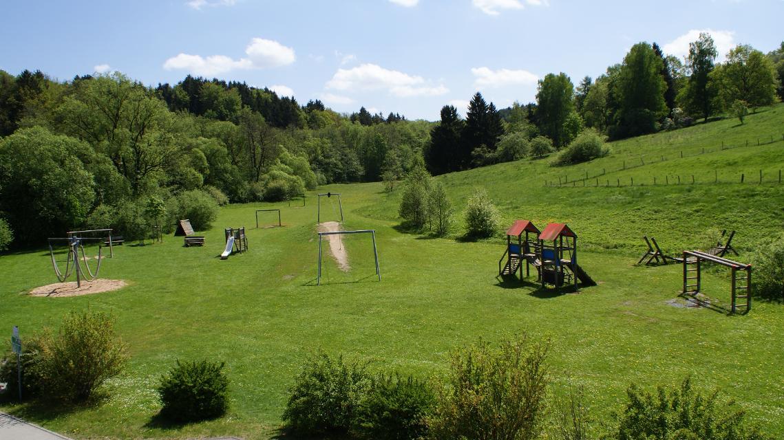 Spielplatz Schwarzachstrasse Burgthann