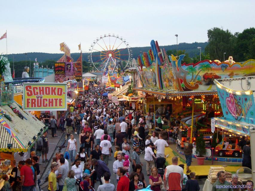 Erbacher Wiesenmarkt