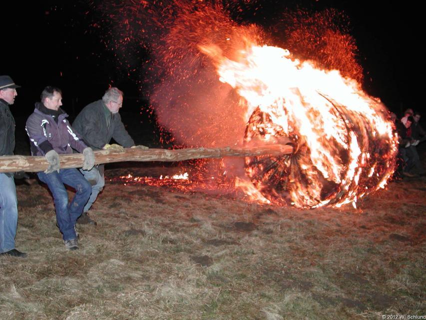 Feuerrad und Hexentreiben