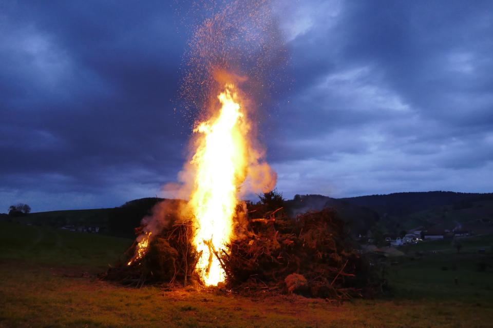 Osterfeuer in Ober-Ostern