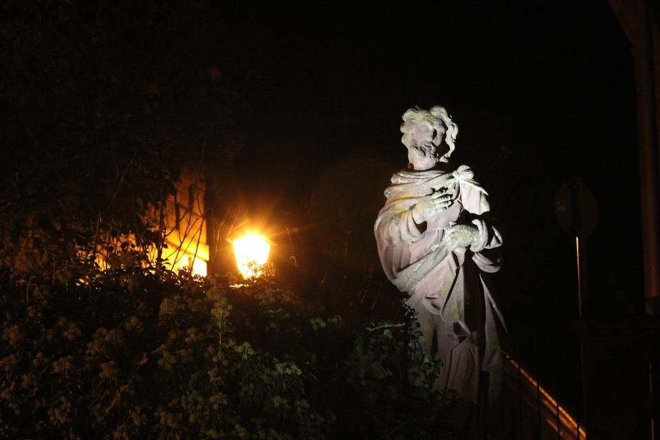 Taschenlampenführung in der Abtei Amorbach