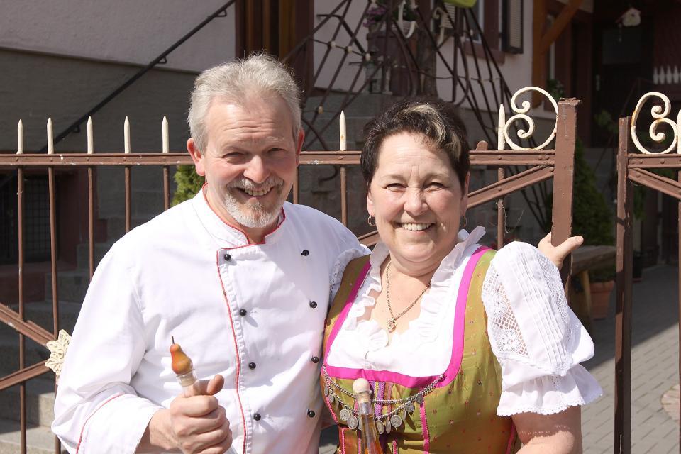 """Im Gasthaus """"Zum Kreiswald"""" die Brände probieren"""