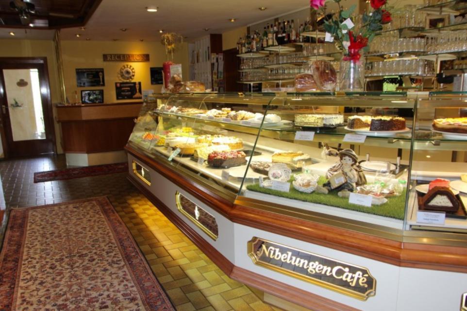 Nibelungen Café