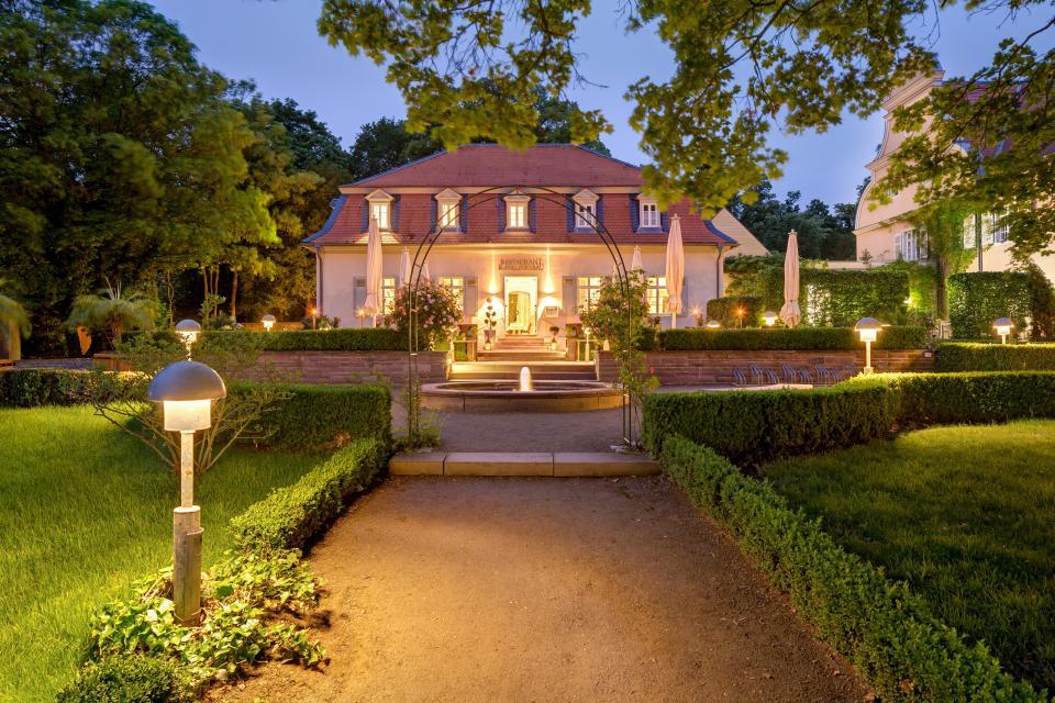 - Hotel Jagdschloss Kranichstein