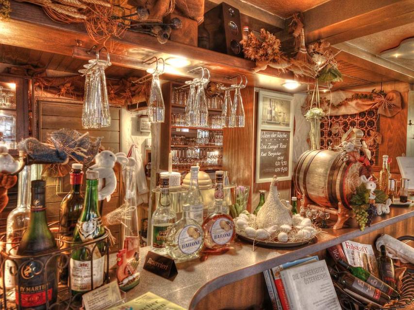 """Restaurant """"Zum Holzwurm"""""""