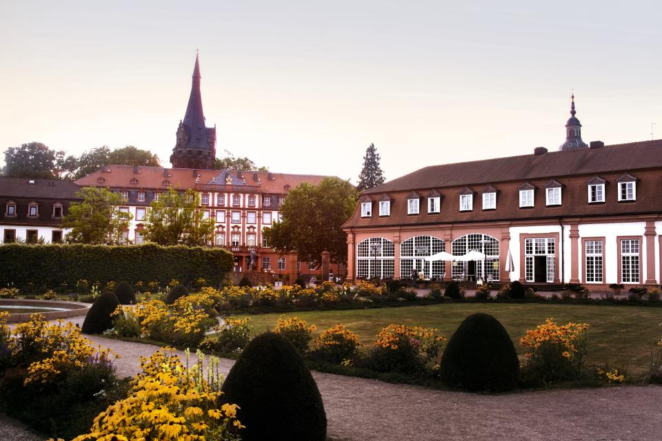 - Johannes Kessel, Lebensform GmbH