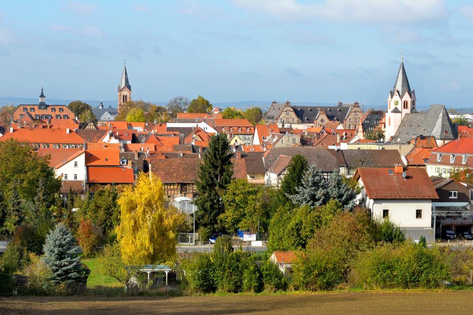 - Groß-Umstadt