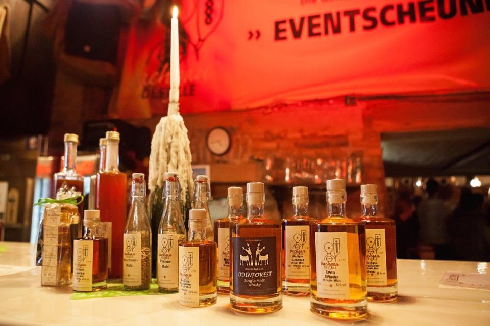 Verkostung in der Bachgau Destille