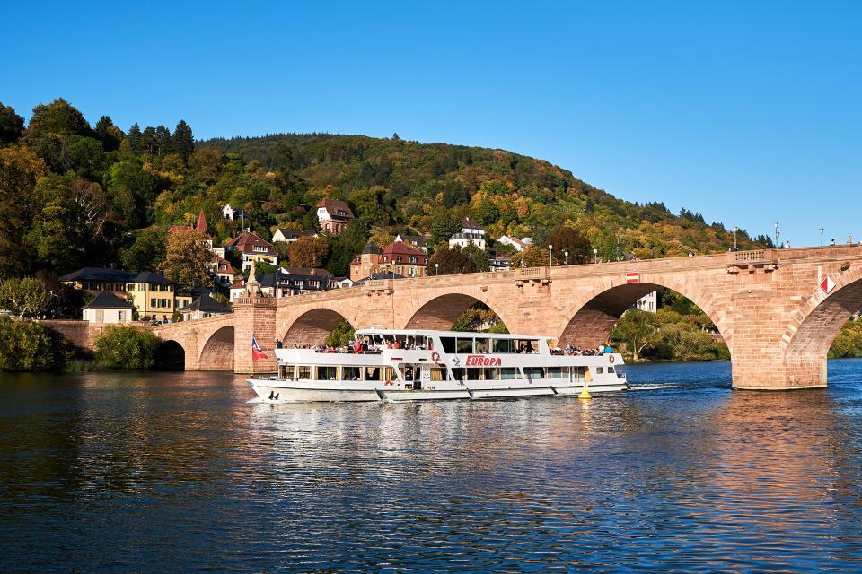 Schifffahrten auf dem Neckar – Heidelberg