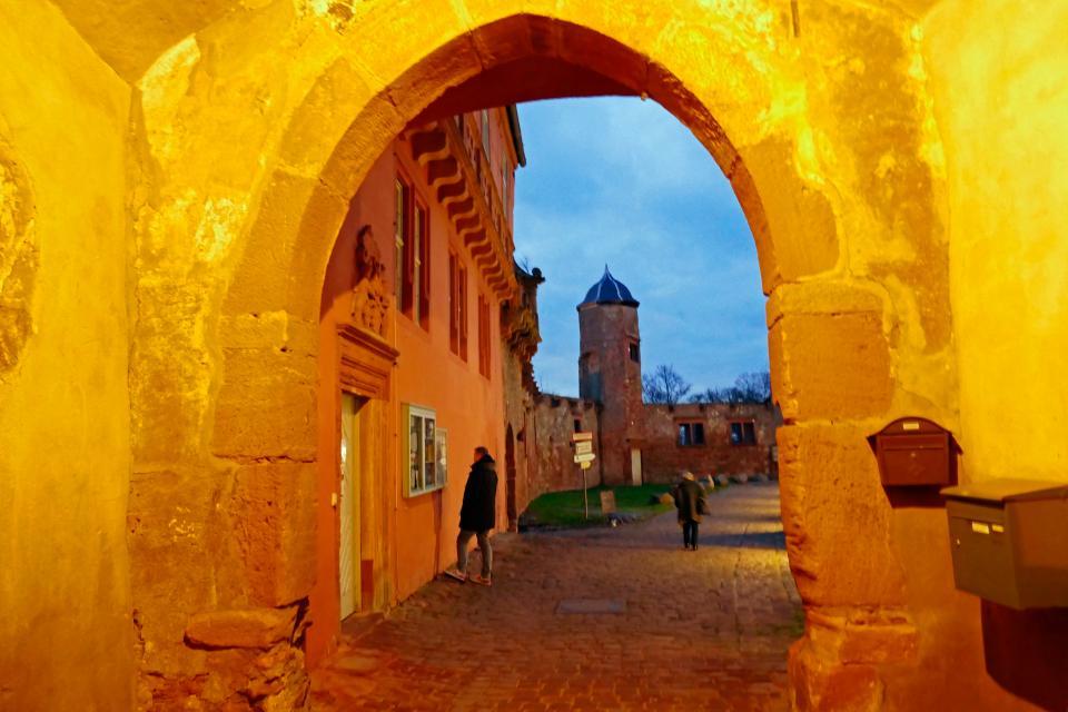 Führung auf Burg Breuberg in Breuberg-Neustadt