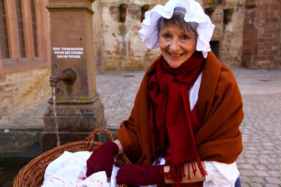 Mid´m Waschweib unnerwegs auf Schloss Heidelberg