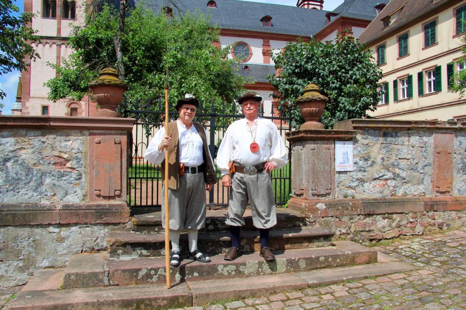 Die Gasse als Bühne - Amorbach in kleinen Theaterszenen