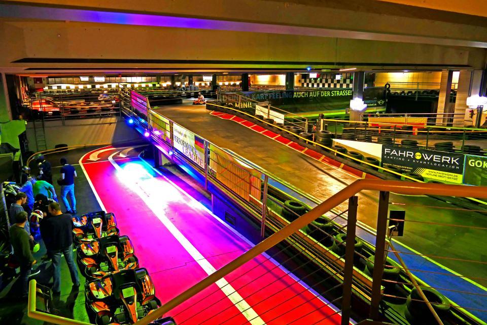 Indoor Kartbahn