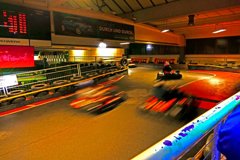 Indoor Kartbahn FAHR-WERK
