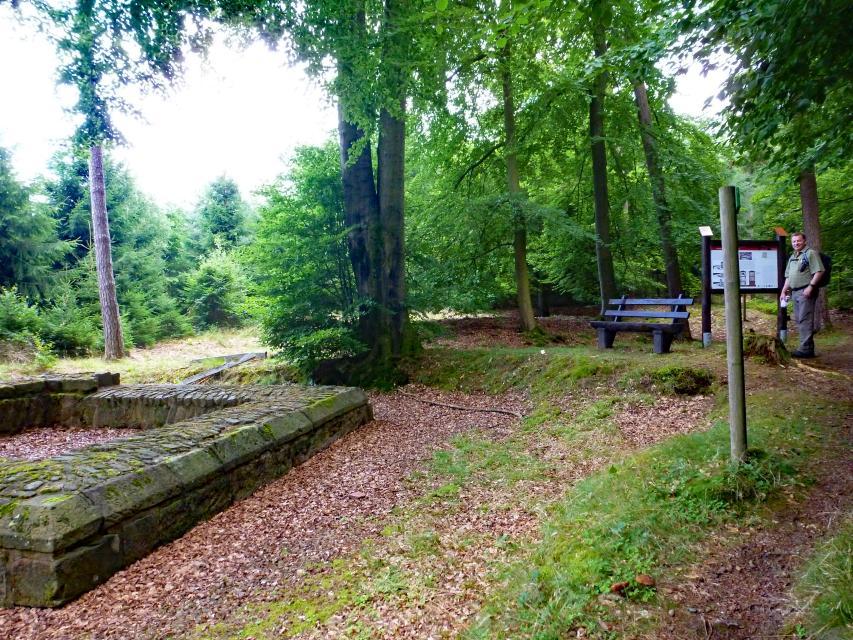 """Odenwald Limes: Römischer Wachturm """"Auf der Sellenplatte"""""""