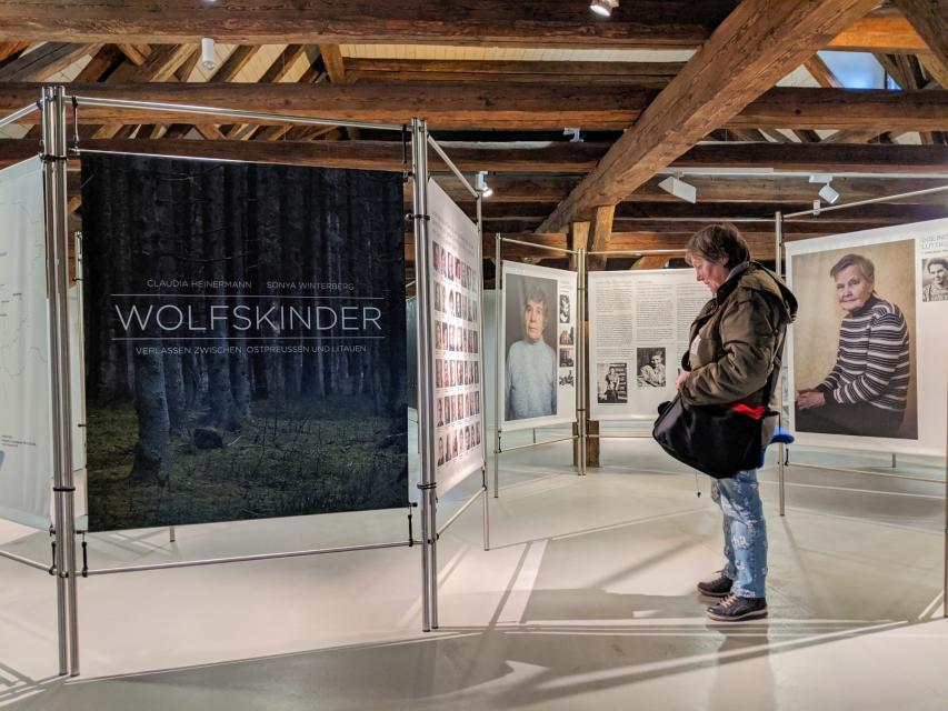 """Fotoausstellung """"Wolfskinder – Verlassen zwischen Ostpreußen und Litauen"""""""