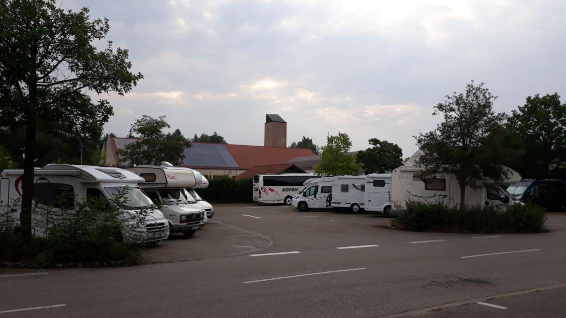 Wohnmobilstellplatz Parkplatz 3