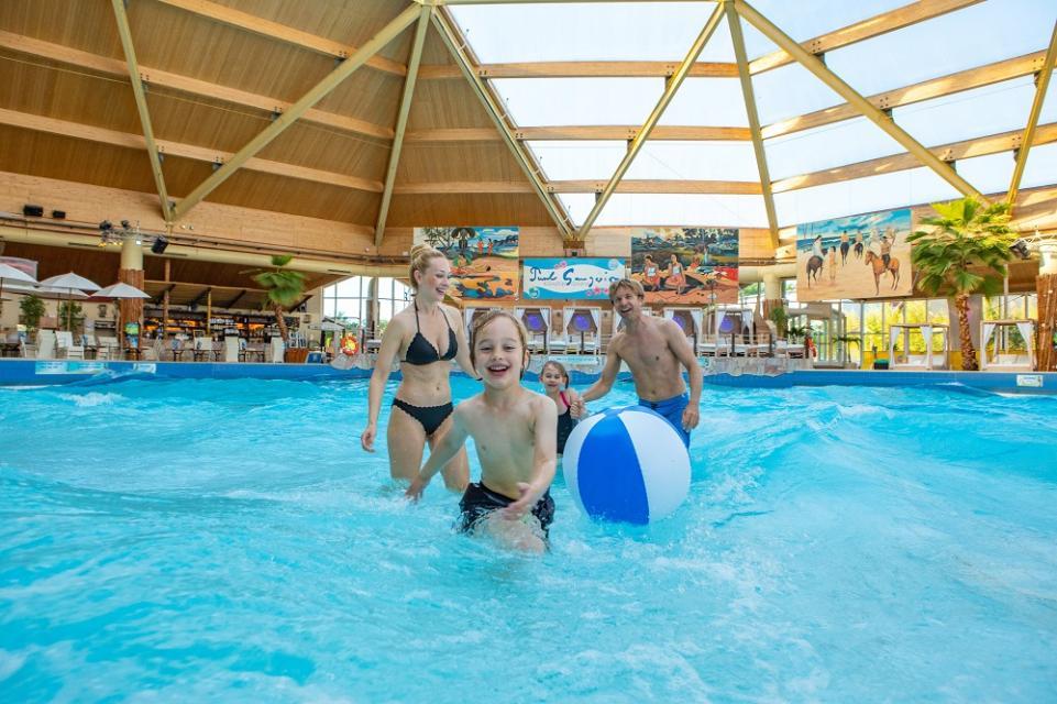 Palm Beach: Freizeitbad und Therme