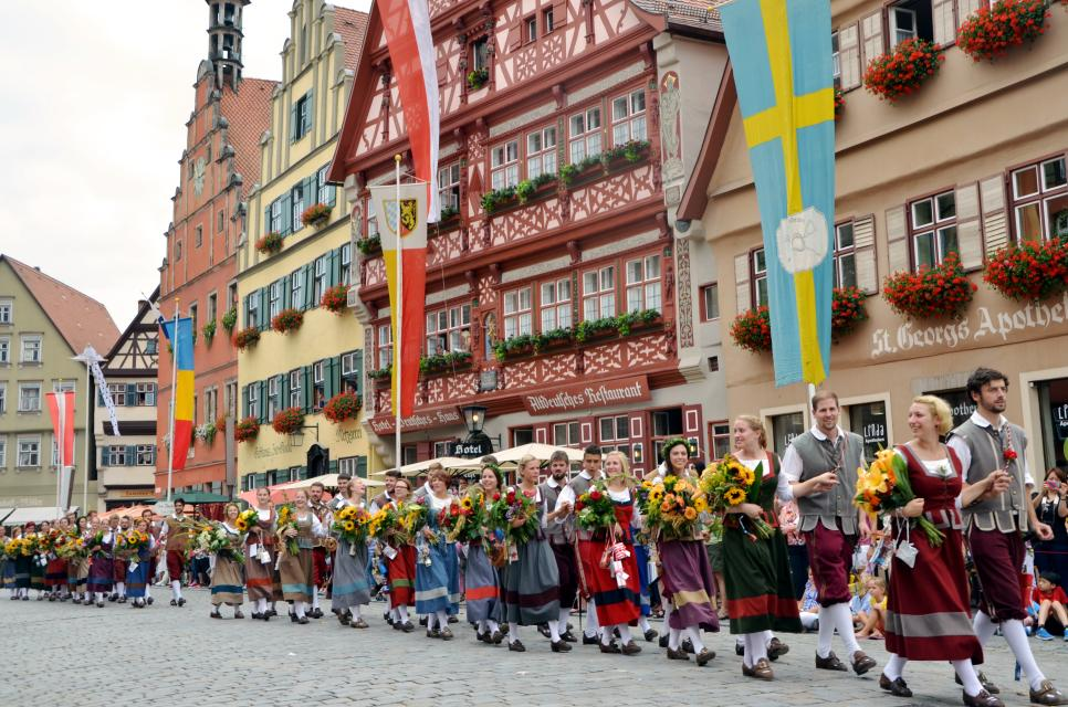 Das historische Festspiel 'Die Kinderzeche' in Dinkelsbühl