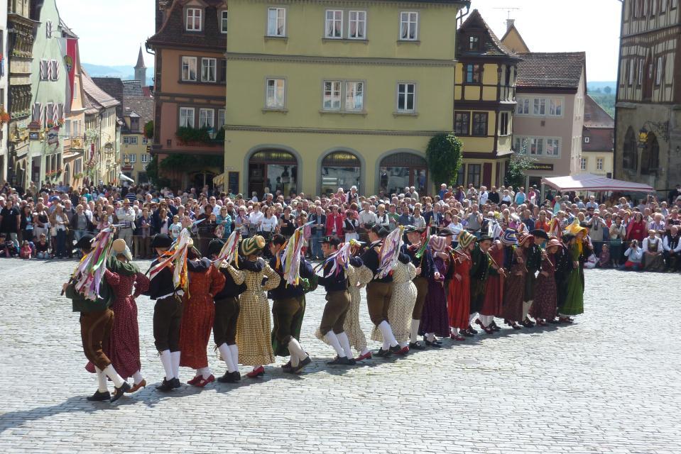 - Rothenburg Tourismus Service