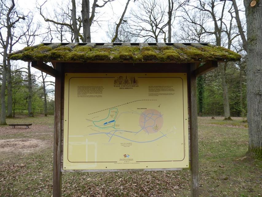 Wald- und Naturpfad und Vita Parcours