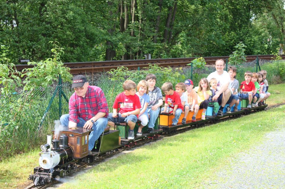 Parkeisenbahn in Naila - Froschgrün