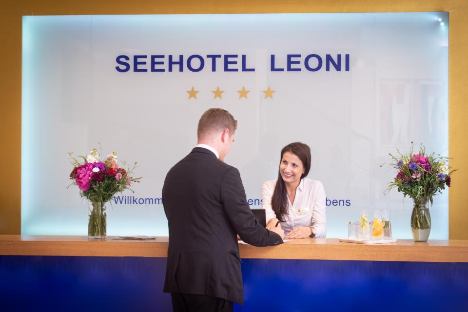 - Seehotel Leoni