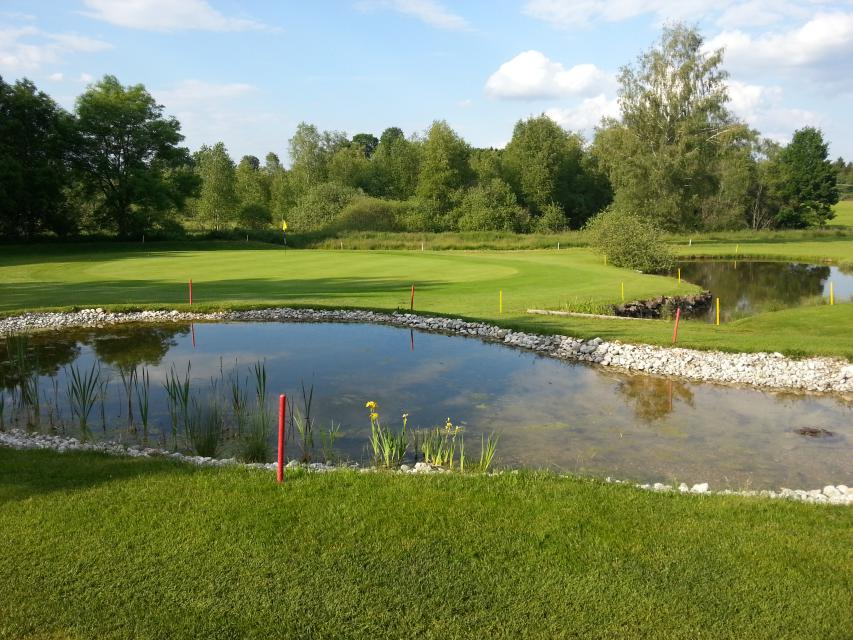 Erstes Golfturnier exklusiv für Singels