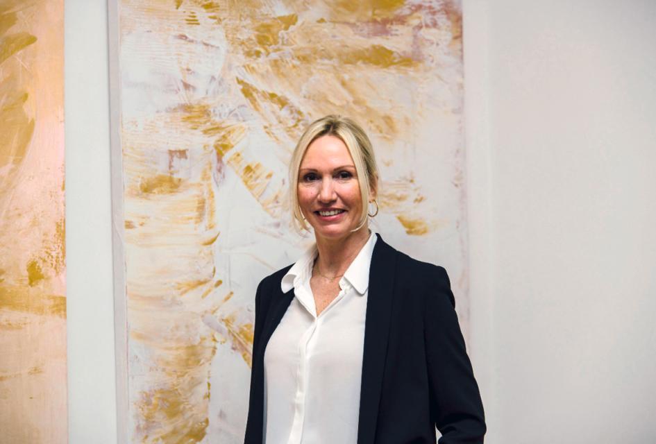 """Ausstellung von Simone von Anhalt im Gilchinger Rathaus: """"augen.blick"""""""