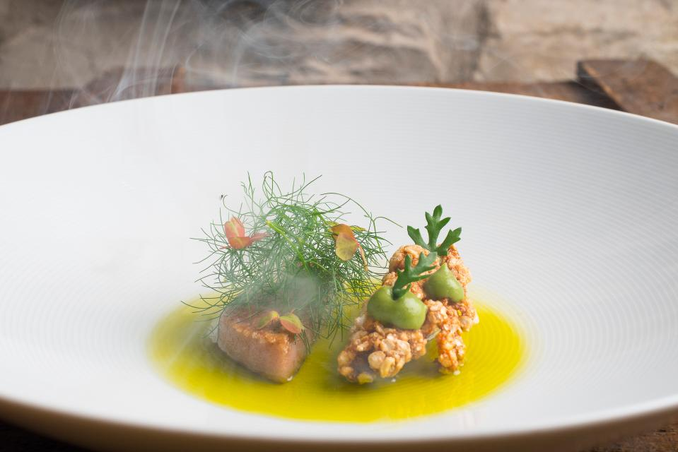 Kinn Iberico Fenchel Salsa verde - © Chalet am Kiental