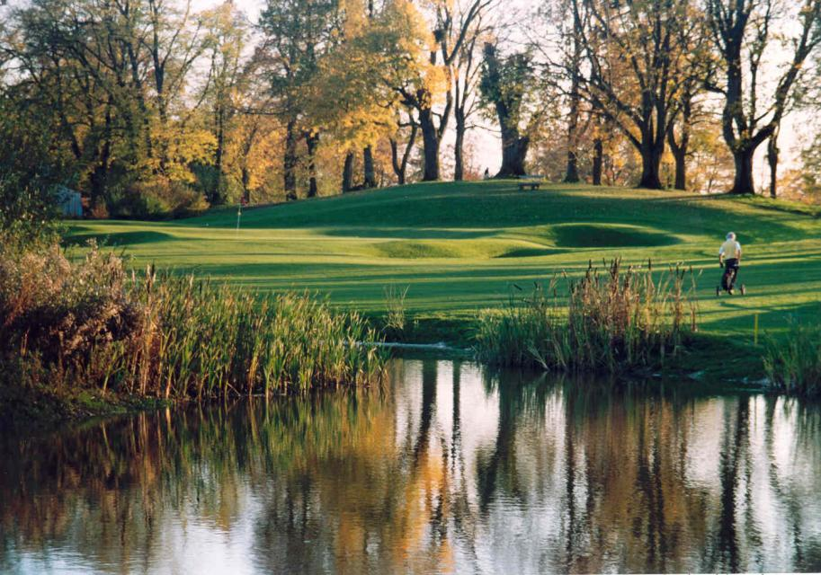 - Golf und Sportanlagen Hohenpähl Verwaltungs GmbH