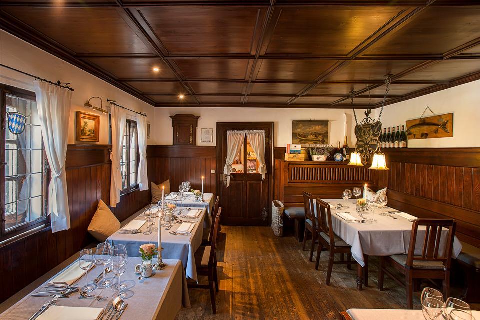 - Dechant Fischladen & Restaurant