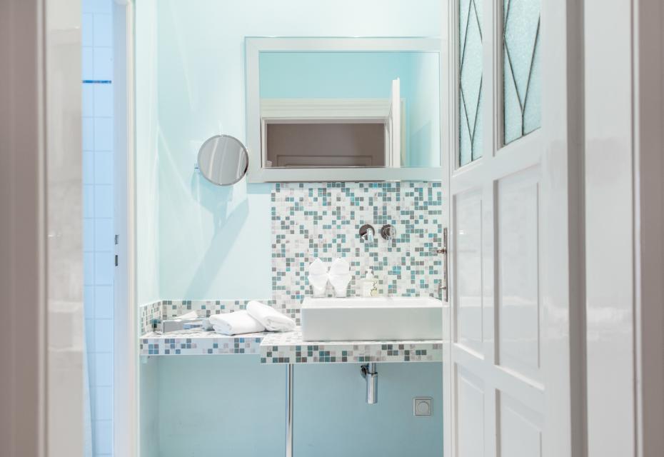 Jedes Bad ist individuell gestaltet und stilvoll eingerichtet