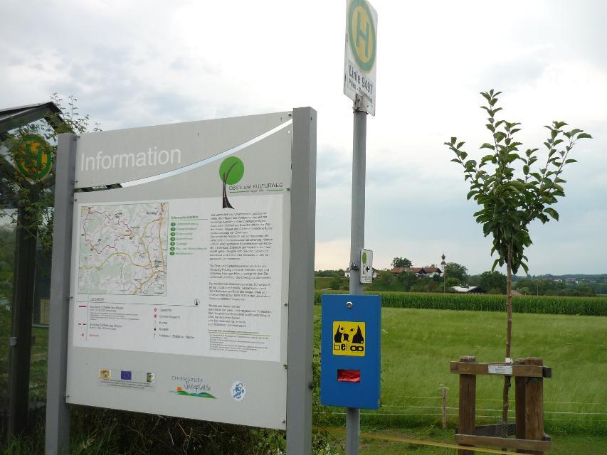 Infotafeln am Obst- und Kulturweg Ratzinger Höhe